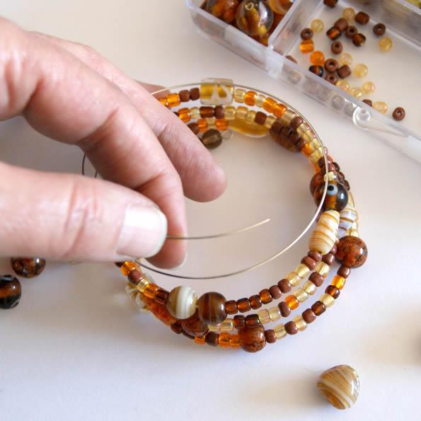 bracelet perle fil de fer